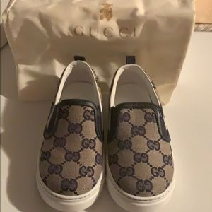 Baby and toddler Gucci GG Supreme slip on